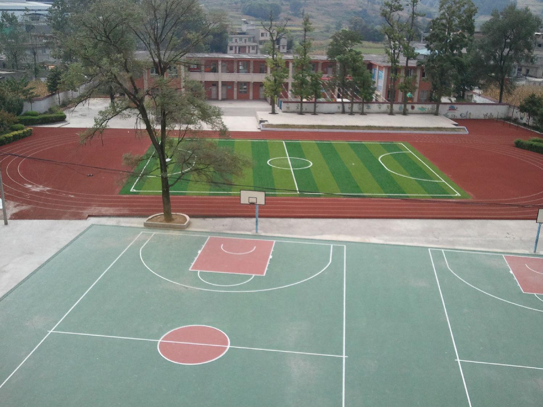 400米透气型塑胶跑道 柳州市完善农村中小学校体育锻炼设施,建设