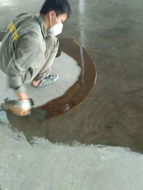 环氧树脂底漆施工