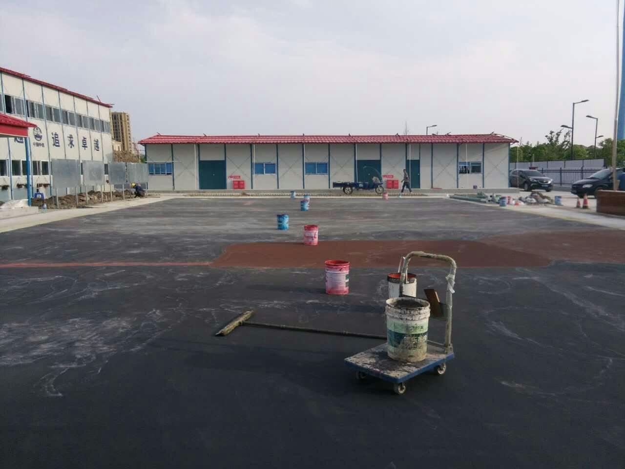 丙烯酸球场中涂施工