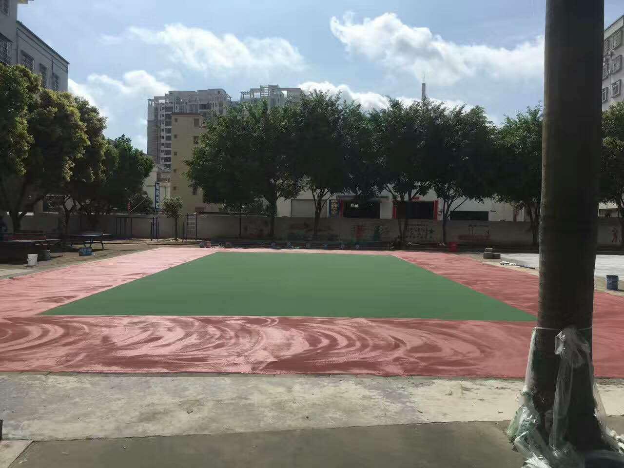 排球场丙烯酸面漆施工