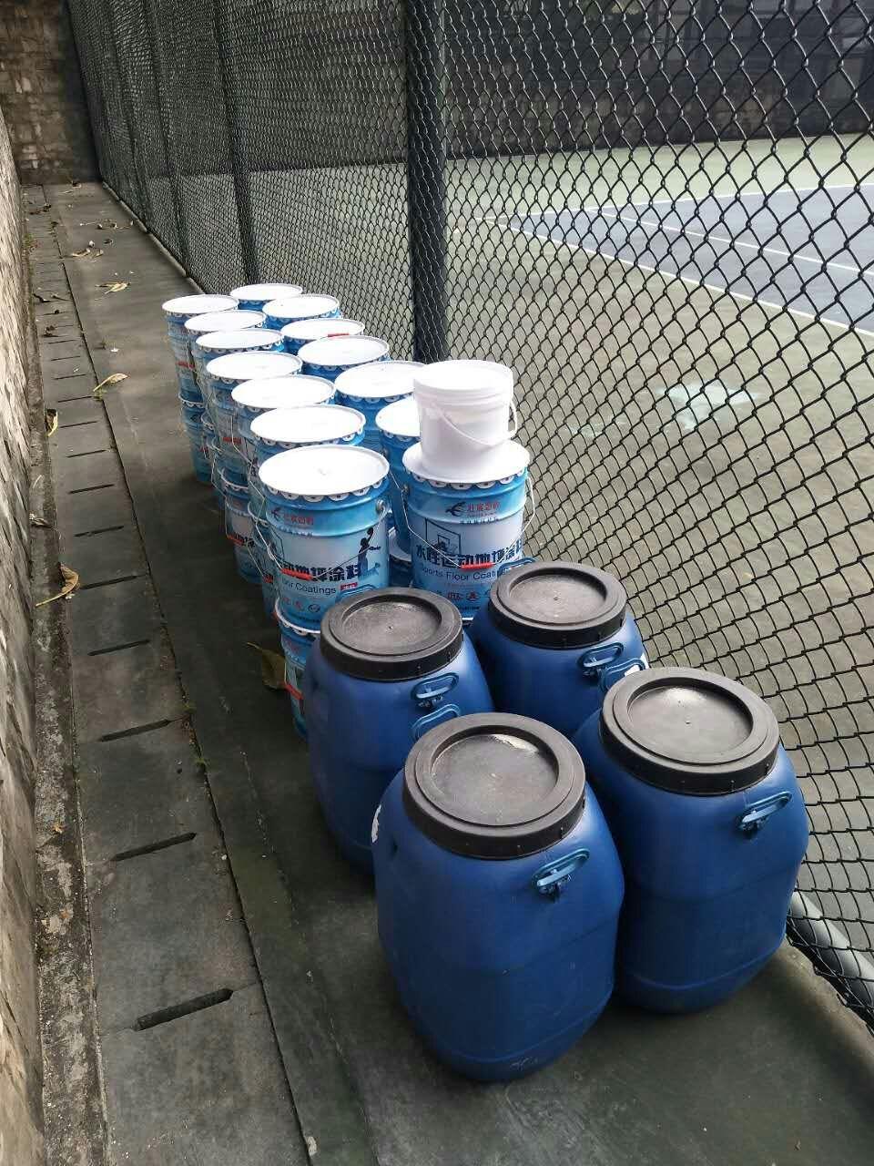 丙烯酸网球场材料进场
