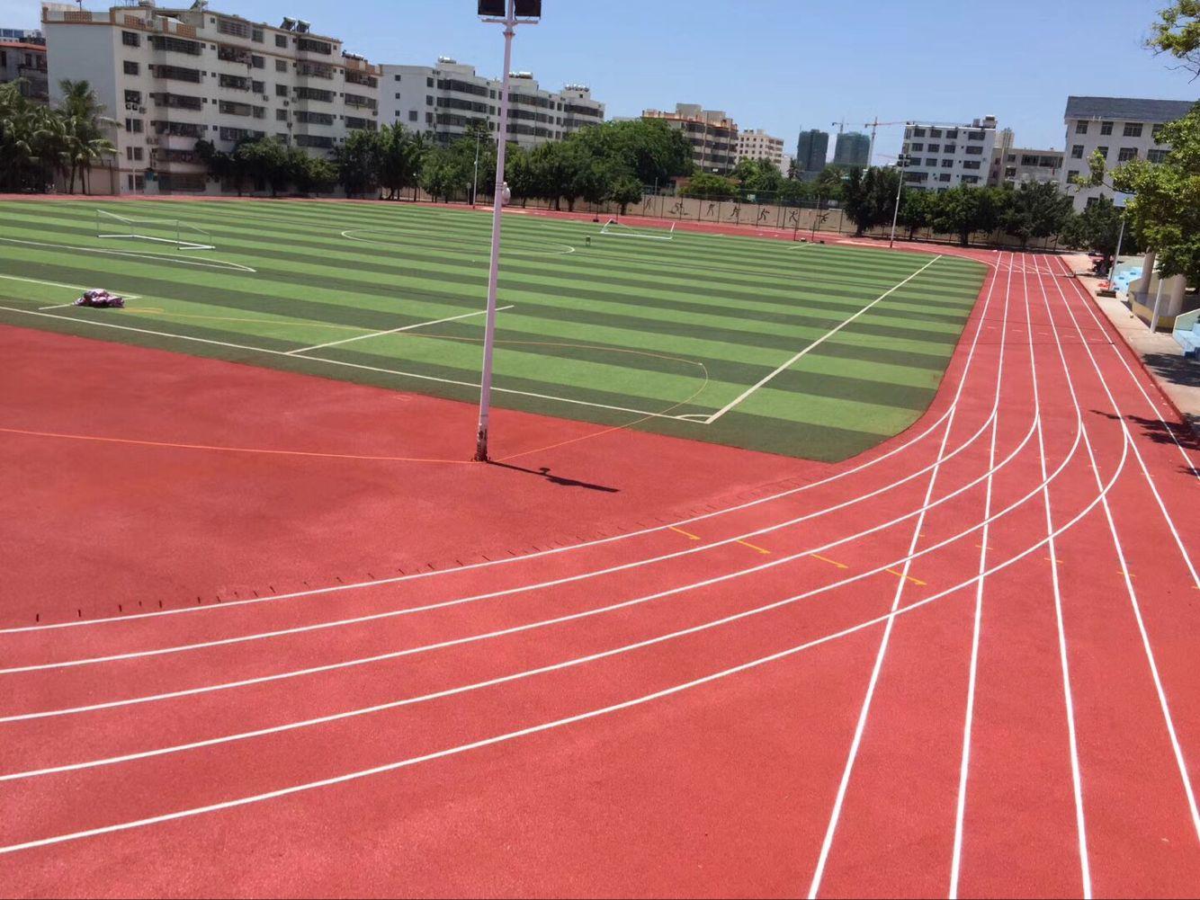 400米塑胶跑道