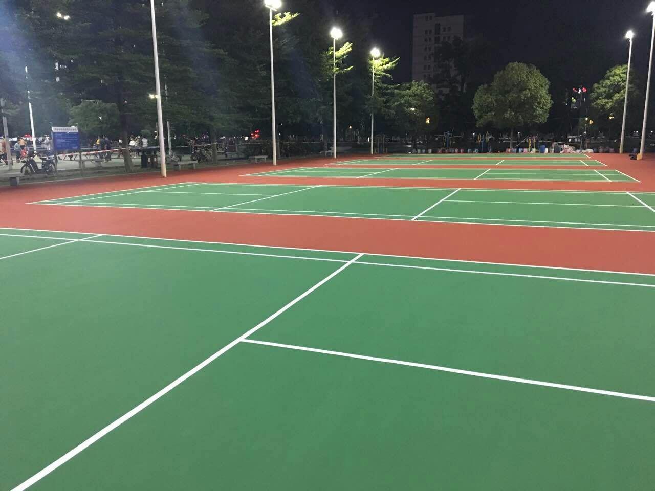 东凤镇休闲广场丙烯酸羽毛球场翻新