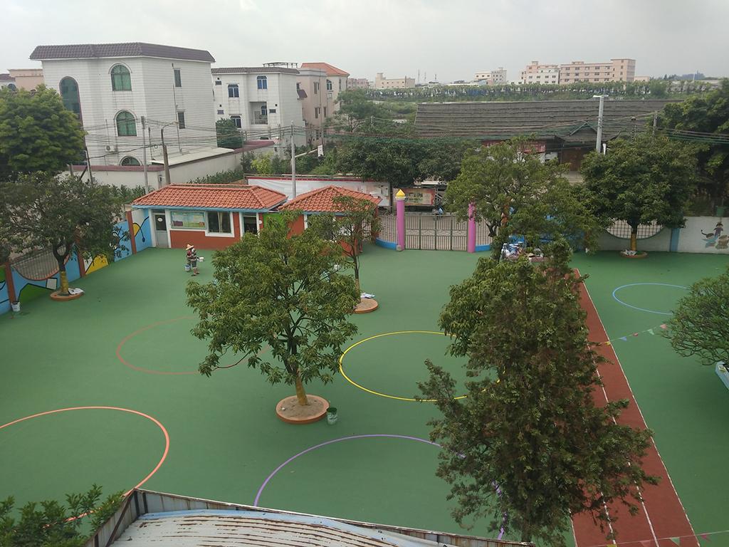 中山古镇 北海弟基幼儿园彩色丙烯酸游戏地面 水性环保涂料厂家
