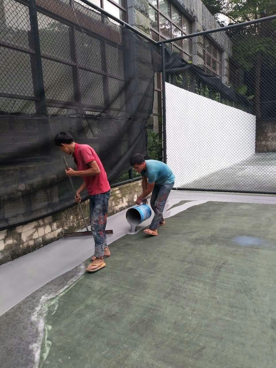 珠海华发新城室外丙烯酸网球场翻新改造施工中!