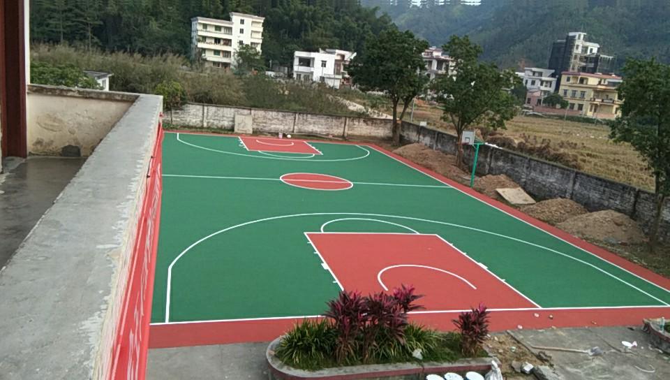 肇庆高良县江南小学 水泥篮球场改造标准室外丙烯酸篮球场地!